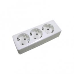 Triple screw-in socket...
